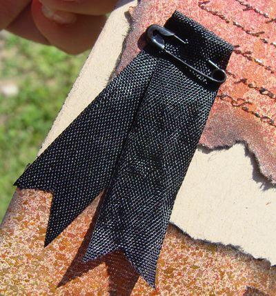 Raven card - ribbon